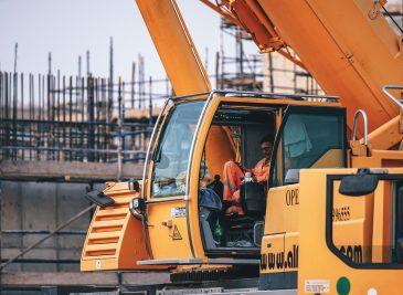 Conducir máquina de obras