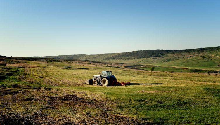 maquinaria agrícola nueva