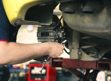 diferencias mantenimiento coches tractores